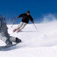 Snowboarding pentru incepatori. Tehnici de baza pe care trebuie sa le stii inainte sa pleci pe partie
