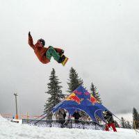 Snowboarderi din  toata Europa se intrec la Paltinis