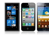 Duelul celor 3 muschetari: Nokia Lumia 800  vs. iPhone 4S vs. Galaxy S II