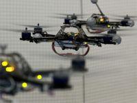 Un quadrocopter zboara prin studioul lui Dedu, iar RoboGeta spune bancuri. iLikeIT cu George Buhnici