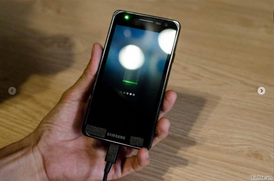 Samsung Galaxy S III surprins in imagini video?