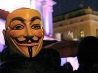 Guvernul SUA, frate de cruce cu Anonymous. Cum calca autoritatile americane pe urmele celebrilor hackeri