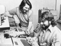 Apple 1 este de vanzare cu 180 mii dolari. Povestea calculatorului care a facut istorie