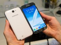 VIDEO: Cat de bun este smartphone-ul cu ecran imens de 5,5 ? Hands-on GALAXY Note II