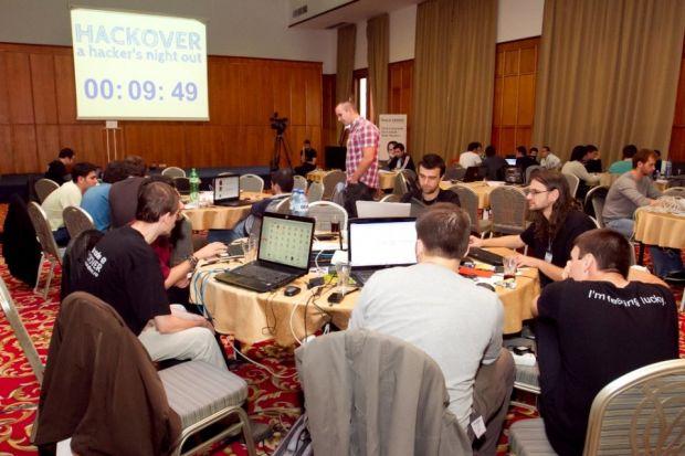 Maraton al hackerilor, in weekend, la Bucuresti. Proiectul genial care a castigat marele premiu