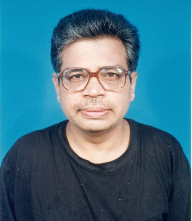 Abhas Mitra,singurul savant care a indraznit sa-i demonstreze lui Hawking ca teoria lui este gresita