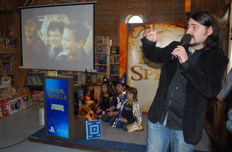 Copiii din Romania pot intra in pielea lui Harry Potter, prin realitate augmentata Copiii-din-romania-pot-intra-in-pielea-lui-harry-potter-prin-realitate-augmentata_3_1