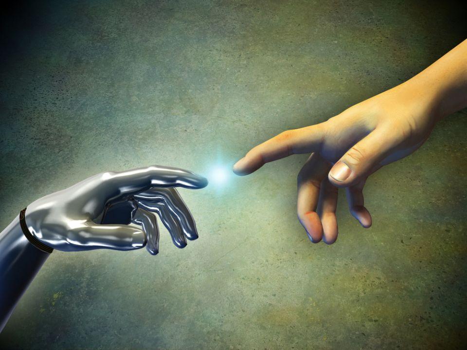2029, anul in care robotii vor fi la fel de inteligenti ca noi In-curand-toti-oamenii-vor-avea-implanturi-electronice-in-loc-sa-invatam-vor-copia-informatia-pe-un-cip_1