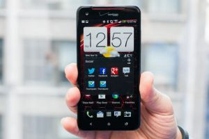 HTC Droid DNA, ZTE GRAND S, Sony Xperia Z. Cele mai smart smartphone-uri de la CES 2013