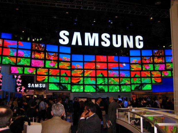 George Buhnici, la CES 2013: Camera foto 3D si primul televizor curbat din lume