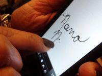 Nano Nails, cele mai destepte unghii false din lume, lansate la CES 2013.Cum se transforma in stylus