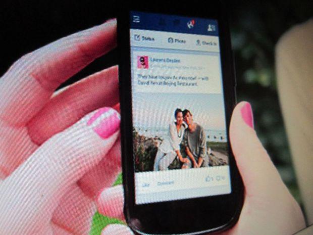 Facebook pune gand rau operatorilor de telefonie mobila. Ce serviciu a lansat reteaua de socializare