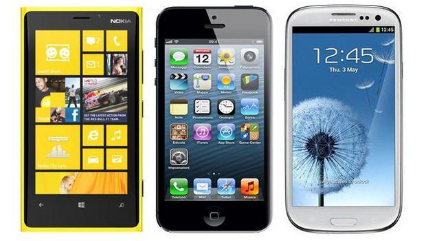 iPhone 5, Galaxy S III sau Lumia 920? Ce model ar putea fi desemnat cel mai tare smartphone din 2013