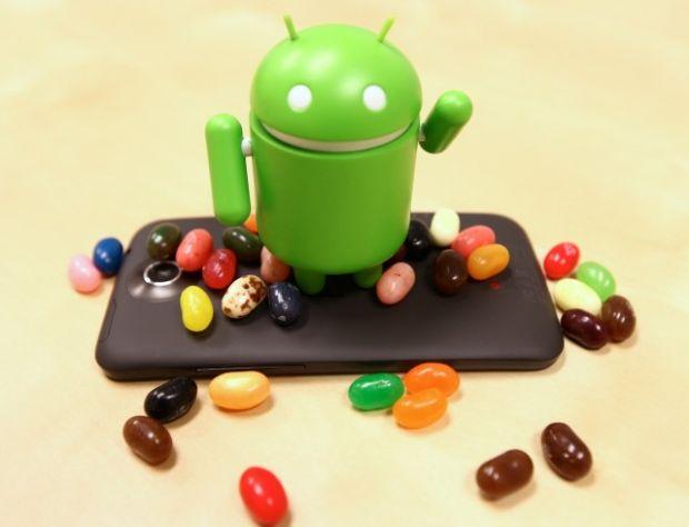 Android 4.2.2 ajunge pe telefoane. Vezi daca telefonul tau suporta update-ul
