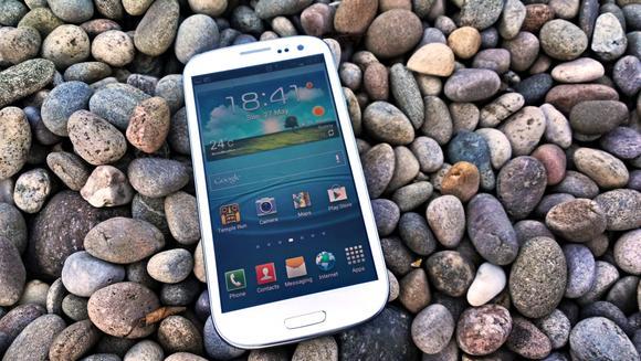 Samsung Galaxy S III ar urma sa primeasca un update. Va avea incarcare wireless