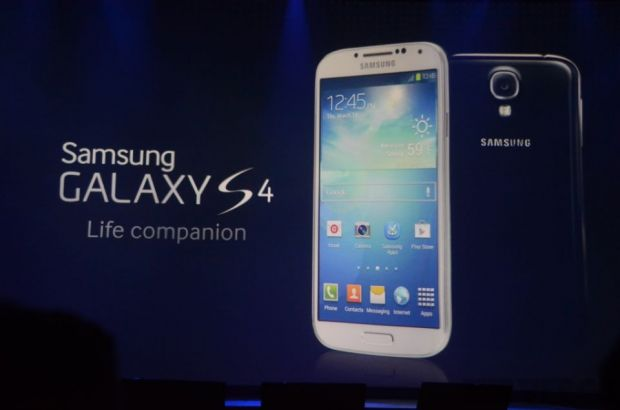 Samsung Galaxy S4. Pe larg, ce s-a intamplat la lansare LIVE TEXT
