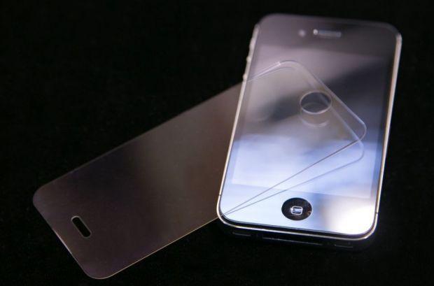 Ecranul urmatorului tau smartphone ar putea fi din safir