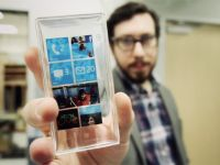 Windows Phone Surface N. Cum arata smartphone-ul transparent cu ecran 4K. VIDEO