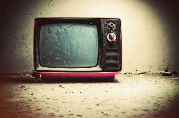 Gadgeturile copilariei. Am crescut cu televizorul alb-negru, astazi ne uitam la Smart TV