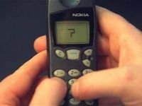 Era telefoanelor simple, incheiata oficial. Vanzarile de smartphone-uri le-au depasit, in premiera, pe cele de telefoane old school