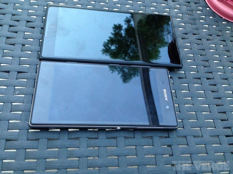 Nokia Lumia 1520. Numeroase fotografii au aparut pe net. GALERIE FOTO si specificatiile