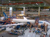 Imagini inedite din fabrica Boeing. Cum este asamblat Dreamliner