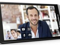 BlackBerry Z30, inca o incercare a canadienilor de a ramane pe piata VIDEO