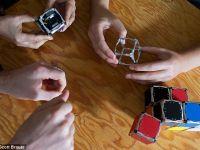 M-Block, robotul care se construieste singur, creat de oamenii de stiinta de la MIT