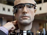 Acesta este omul bionic cu organe sintetice de 1 milion de dolari! Uite ce stie sa faca!