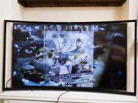 A aparut televizorul care permite vizionarea a doua programe diferite in acelasi timp