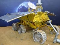 Chinezii, cot la cot cu americanii in incercarea de a studia Luna