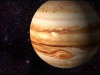 NASA: Marea pata rosie de pe Jupiter se micsoreaza