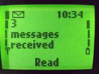 Transformarea incredibila a celui mai celebru telefon mobil din istorie. Super galerie foto