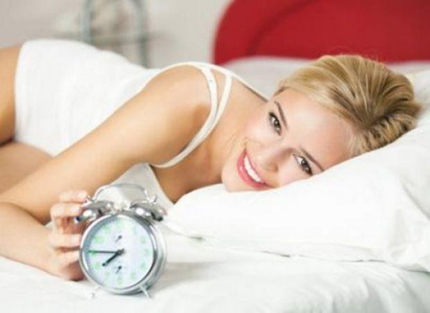 Urasti sa te trezesti dimineata? Iata cum poti scapa de aceasta mare problema