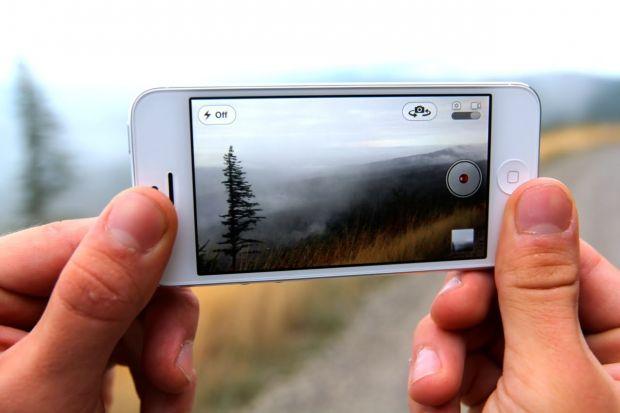 Ai iPhone? Poate avea camera de 20.2MP si sa faca poze RAW! Iata cum poti transforma telefonul