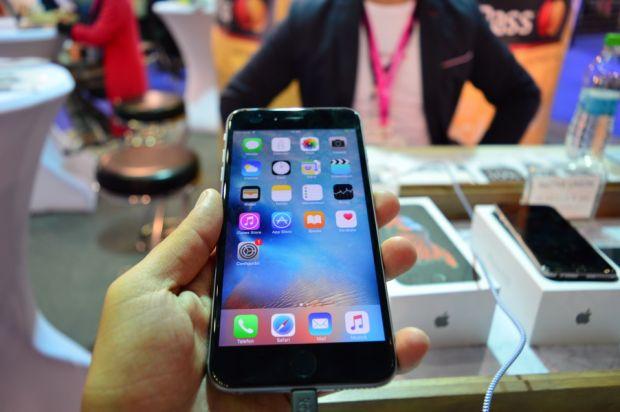 IMWorld 2015, a 2-a zi. Primele imagini cu iPhone 6s, iPhone 6s Plus si Samsung Galaxy Note 5 in Romania