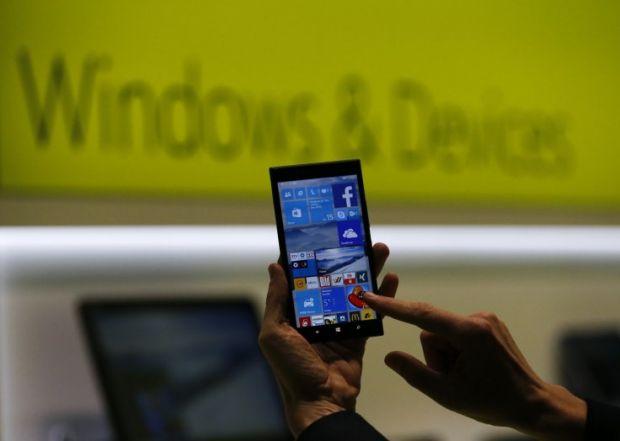 Microsoft a dat afara 1000 de angajati. Veniturile obtinute din vanzarea de telefoane Lumia, in scadere cu 54%