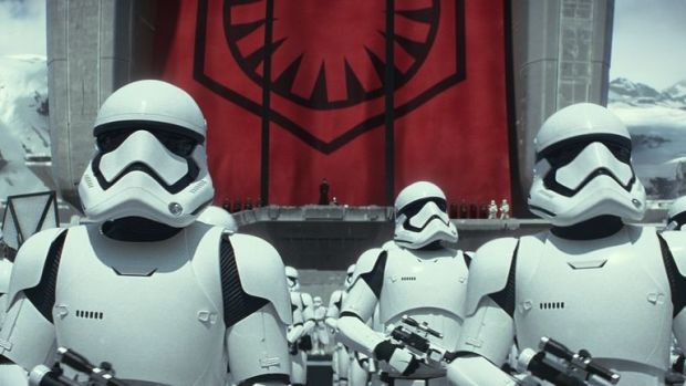 Primele dezvaluiri despre Star Wars: Episodul VIII:  Are un scenariu incredibil de bun!