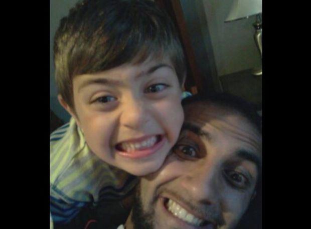 Un baiat de 7 ani a memorat parola Apple a tatalui si s-a jucat pe iPad! Ce a descoperit tatal lui dupa cateva zile