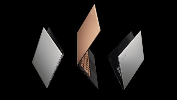 Lenovo lanseaza YOGA 900S, cel mai subtire laptop convertibil din lume