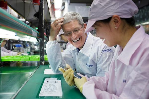 Apple ar putea fi obligata sa fabrice iPhone-uri doar pe teritoriul SUA