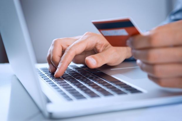 Bilant e-commerce Romania 2015: Cumparaturile online au depasit pragul de 1,4 Miliarde EUR!