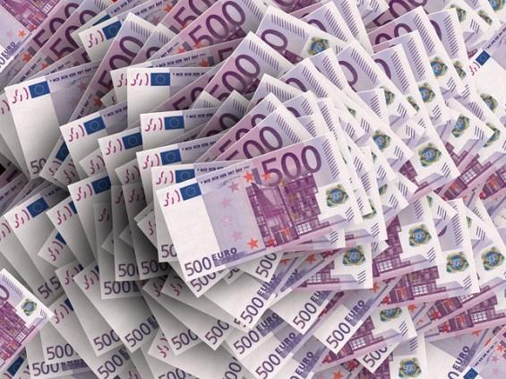 Hackerii iti ofera pana la 20.000 de euro pentru userul si parola de la serviciu. Cine poate primi banii