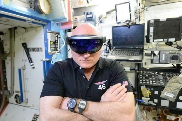 Momente nebune pe Statia Spatiala:  Veneau extraterestrii de peste tot!  Ce a facut astronautul Scott Kelly