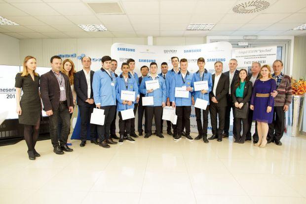 Opt tineri au absolvit programul bdquo;O meserie pentru viitor , desfasurat de Samsung si Fundatia Principesa Margareta a Romaniei