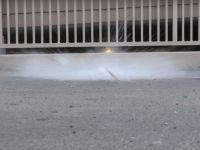 14 iPhone-uri intr-un balon de sticla caruia i-a fost dat drumul pe asfalt de la 30 de metri inaltime! Ce s-a intamplat cu telefoanele