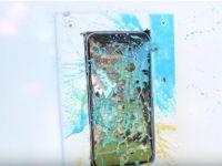 Au luat un iPhone 6s si au tras cu bile cu vopsea in el! Cum arata telefonul dupa ce l-a curatat