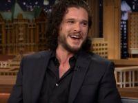 Cum i-a dezvaluit actorul Kit Harington unui politist soarta lui Jon Snow ca sa scape de amenda (spoiler alert!)