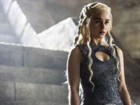 Fanii au intrat imediat pe net dupa scena din ultimul episod din Game of Thrones! Ce a spus Emilia Clarke despre acest moment controversat
