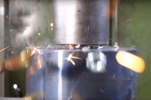 Ce se intampla cand un rulment cu bile este distrus cu o presa hidraulica